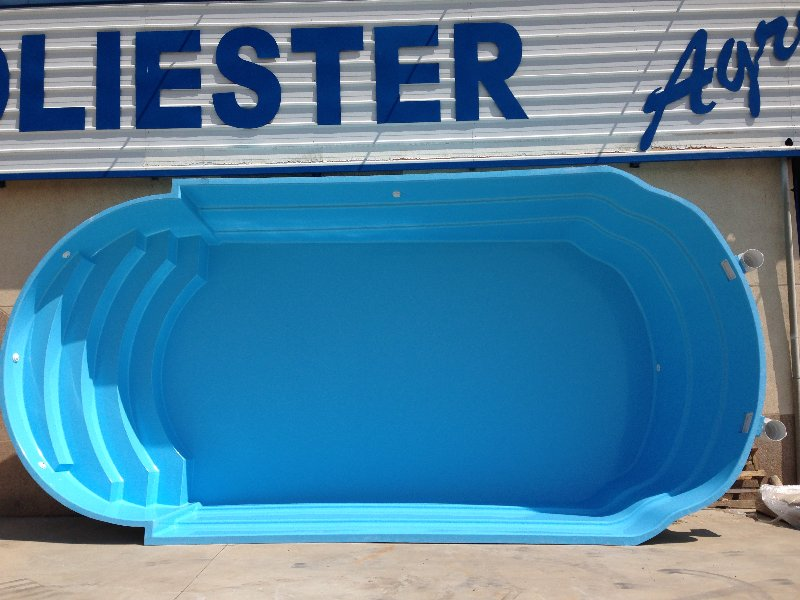 Precios piscinas de poliester affordable piscina modelo for Piscinas de poliester precios